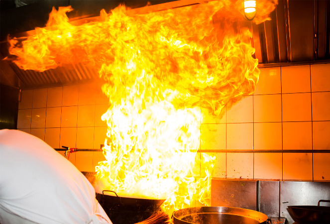 How to extinguish kitchen fire
